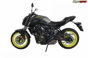 Yamaha_mt_07_motorcycle_RFE_1